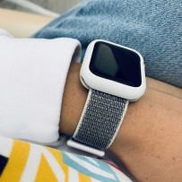 Комплект белый: ремешок на липучках для Apple Watch 42мм/ 44мм + чехол