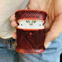 Чехол пластиковый Mobest для AirPods 1/2 кожа змеи Красный