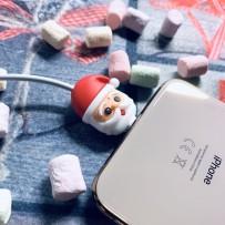 """Игрушка для защиты кабеля от износа """"Дедушка мороз"""" для iPhone"""