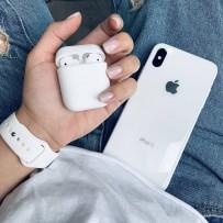 """Комплект: чехол стеклянный """"Закаленное стекло"""" для iPhone XS/ X, белый + ремешок силиконовый soft-touch для Apple Watch 44мм/ 42мм + чехол для AirPods 1/2"""