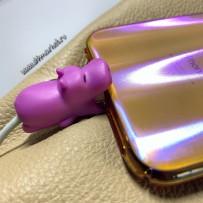 """Зверушка-игрушка для защиты кабеля от износа """"Бегемотик"""" для iPhone"""