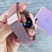 """Ремешок """"Миланский сетчатый браслет """", для Apple Watch 40мм/ 38мм с  магнитной застёжкой, нежно-розовый"""