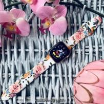 Ремешок силиконовый COTEetCI W38 Flowers (WH5265-WH) для Apple Watch 40мм/ 38мм White roses Белая роза